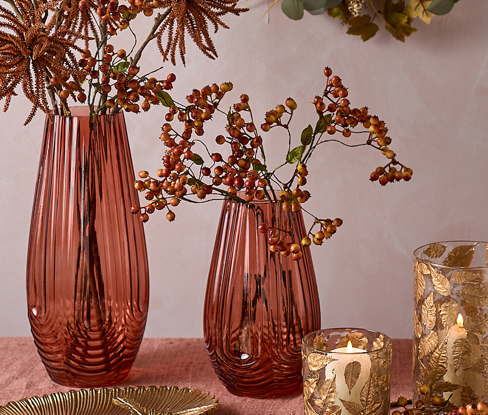 Autumn Winter Flowers - Parlane Red Berries in Red Vase
