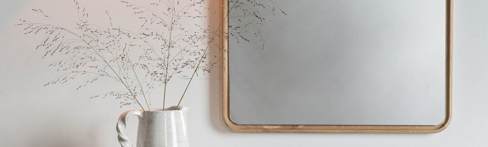 Interior Designer Insights: Buying the Right Mirror for Your Home