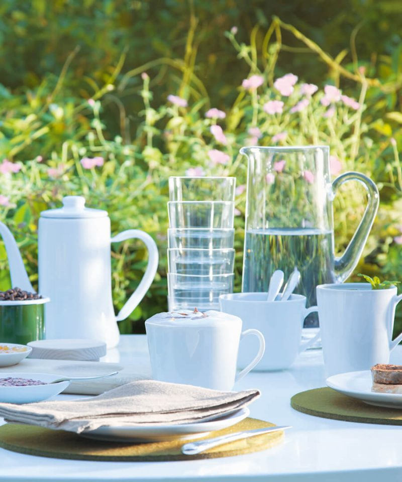 Outdoor Dining Room Ideas for Alfresco Dining at Home This Summer