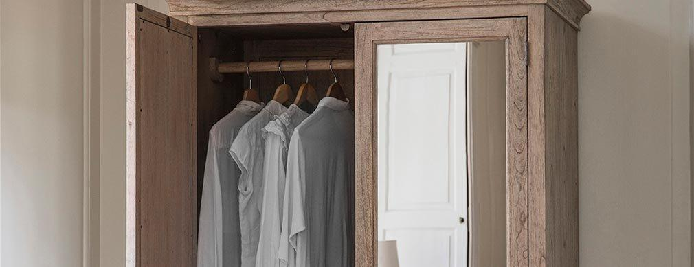 Wardrobes & Coat Racks
