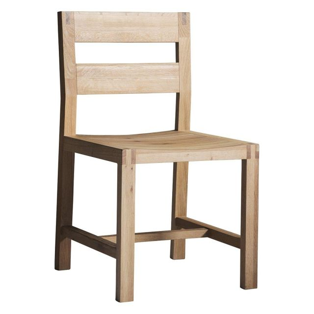 Pavilion Chic Dining Chair Saratov in Solid Oak