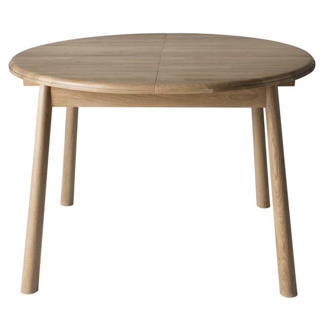 Pavilion Chic Round Extendable Dining Table Nordic in Oak