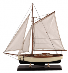Authentic Models Classic Yacht 1930s