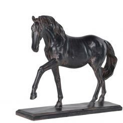 Pavilion Chic Horse Model Yearling