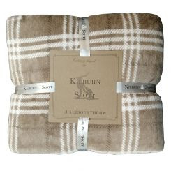Pavilion Chic Throw Blanket Akita
