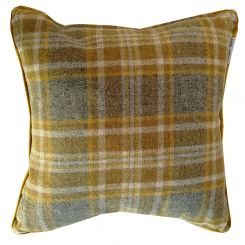 Pavilion Chic Throw Cushion York in Check Wool