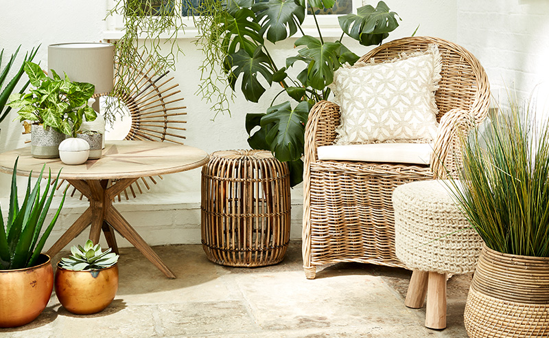 5 Decorating Ideas to Bring Summer into Your Home