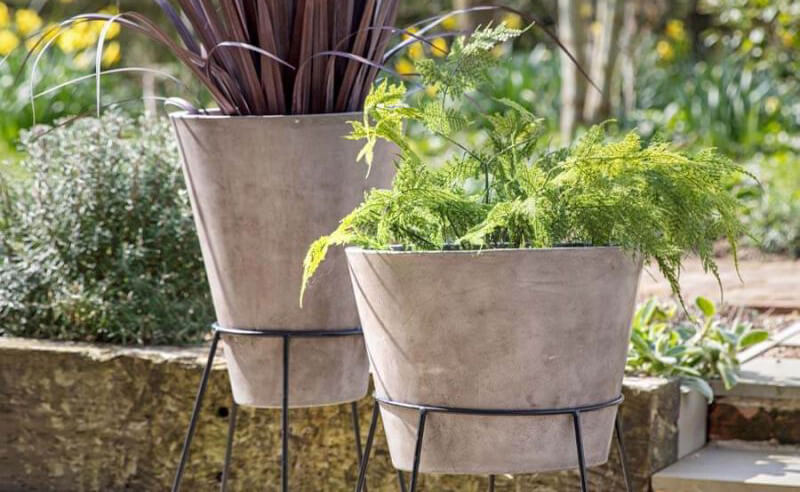 Choosing the Best Material for Your Plant Pots